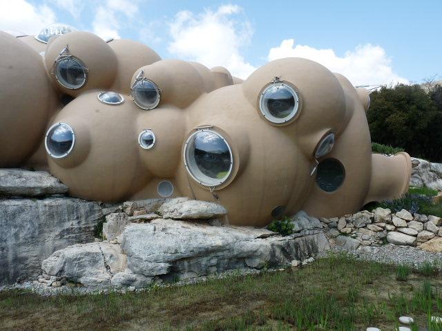 maison bulle antti lovag rouréou