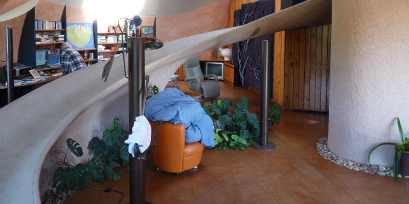 rampe accès mezzanine, maison bulle Antonio Benincà
