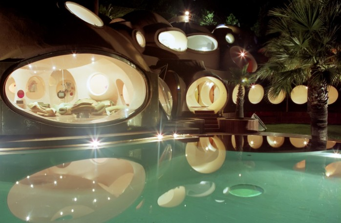 -®Louis-Philippe BREYDEL Palais Bulles la nuit
