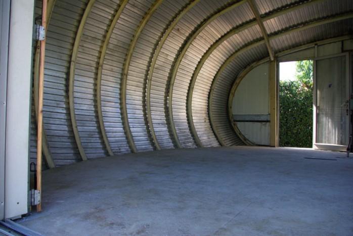 maison ovoïde aluminium intérieur