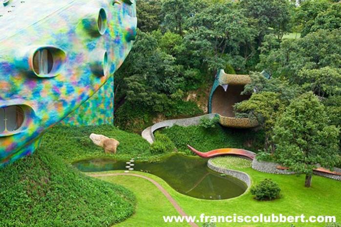 quetzalcoatl-vue-jardin