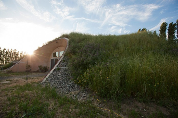 maison-bioclimatique-integree-paysage