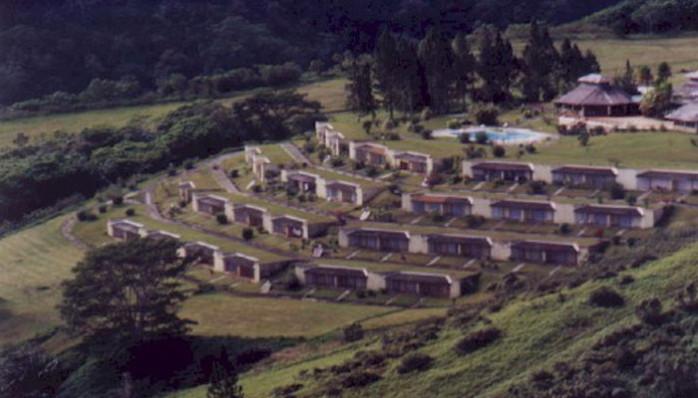 résidence maisons enterrées de Puunui près de Tahiti