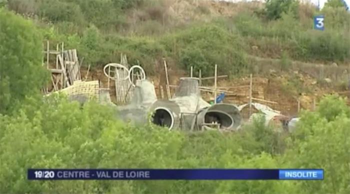 France 3 r gional la maison bulle bioclimatique enterr e for Maison en bulle