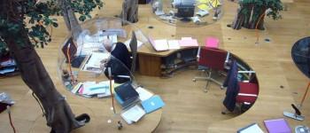 un bureau pour buller
