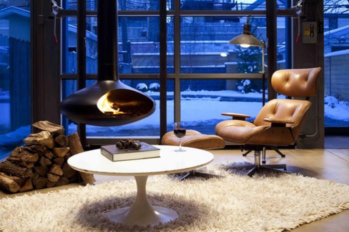 cheminée-suspendue-fireorb-salon-700