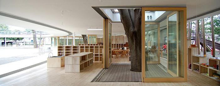 ecole-maternelle-arbre-classe-700