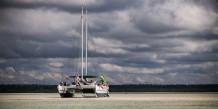 catamaran Wharram sur la plage
