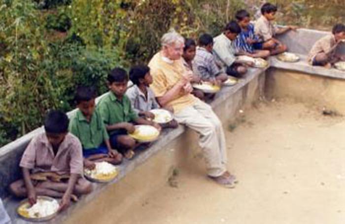 frère Antoine en Inde