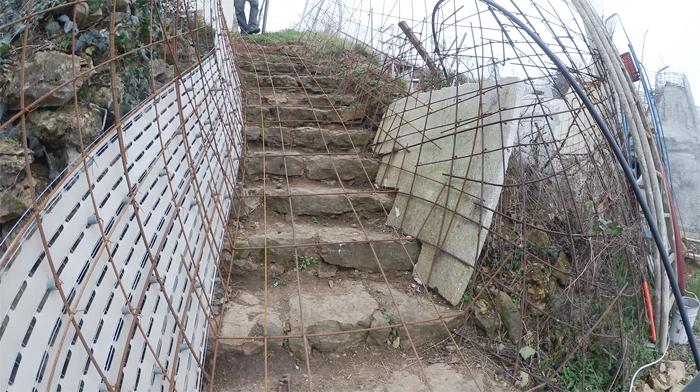 bilan-02-2016-escalier-exterieur-13-700