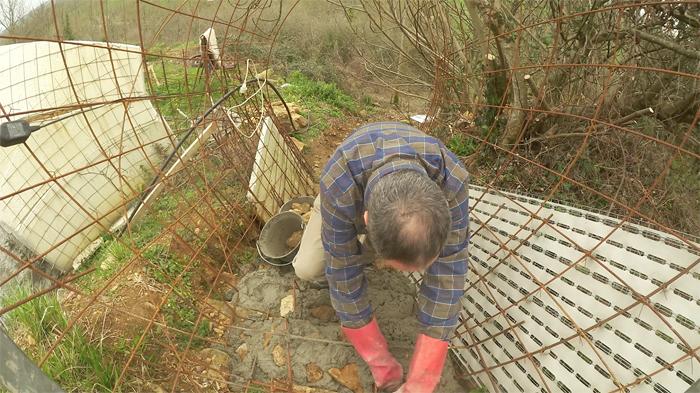 bilan-04-2016-betonnage-escalier-exterieur-01-700