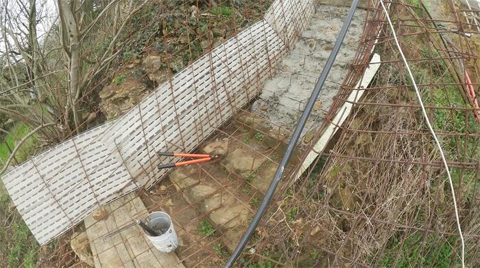 bilan-04-2016-betonnage-escalier-exterieur-02-700