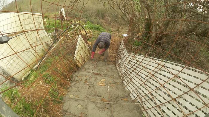 bilan-04-2016-betonnage-escalier-exterieur-03-700