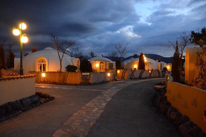 village dômes